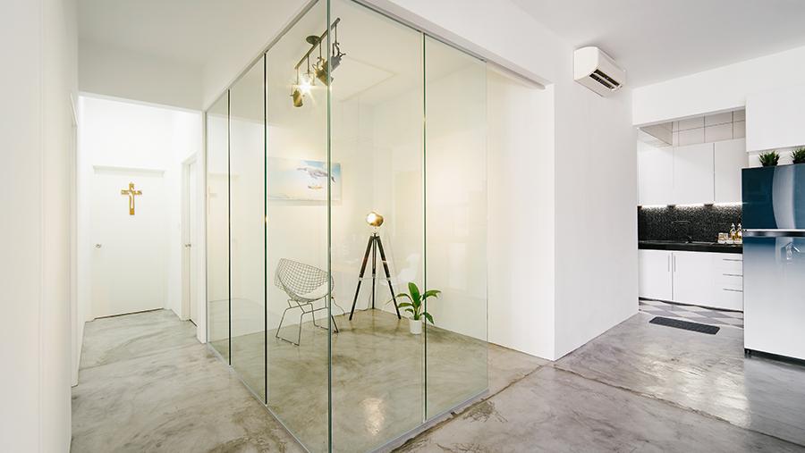 Glaswanden bij uw thuis zorgt voor meer licht en ruimte
